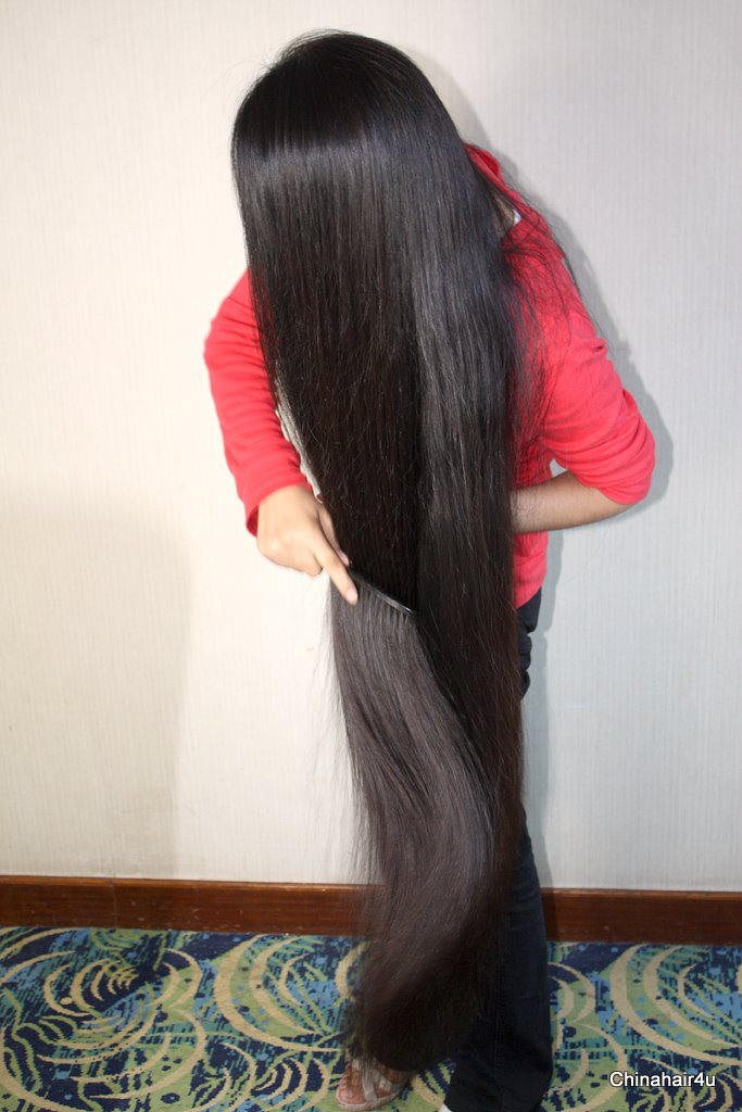 IR14 - VERY LONG HAIR COMBING - 1